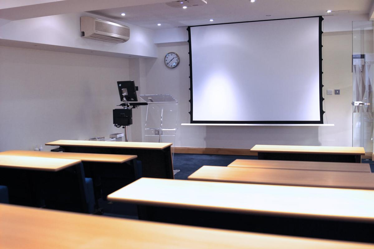 London salle debating 10